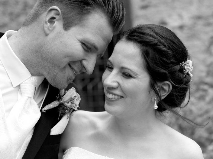 Hochzeit von Rebecca & Lukas auf Burg Pyrmont in Roes