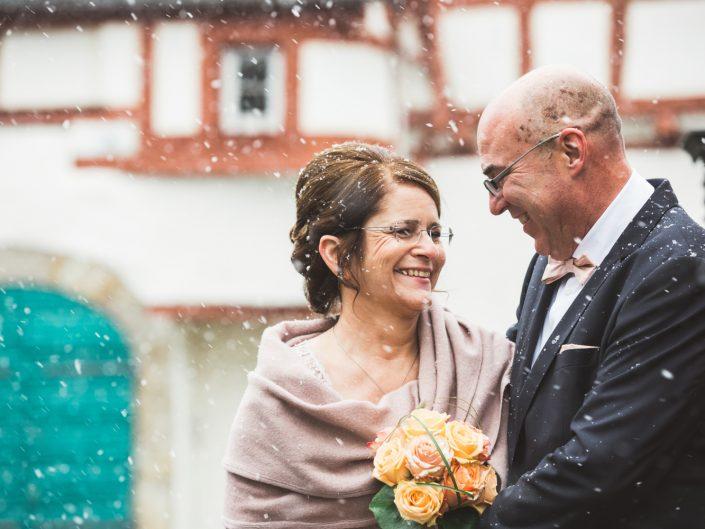 Romantische Weihnachts-Hochzeit in Bendorf mit Thomas & Lydia
