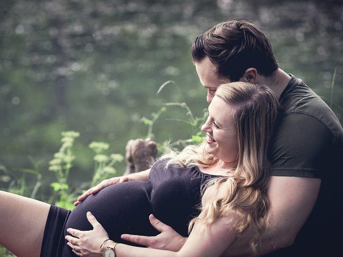 Schwangerschaftsfotos mit Lisa im Schlosspark